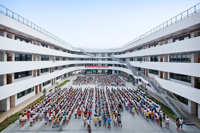 ROOFTOP RUNNING: The TianTai No.2 Primary School by LYCS ...