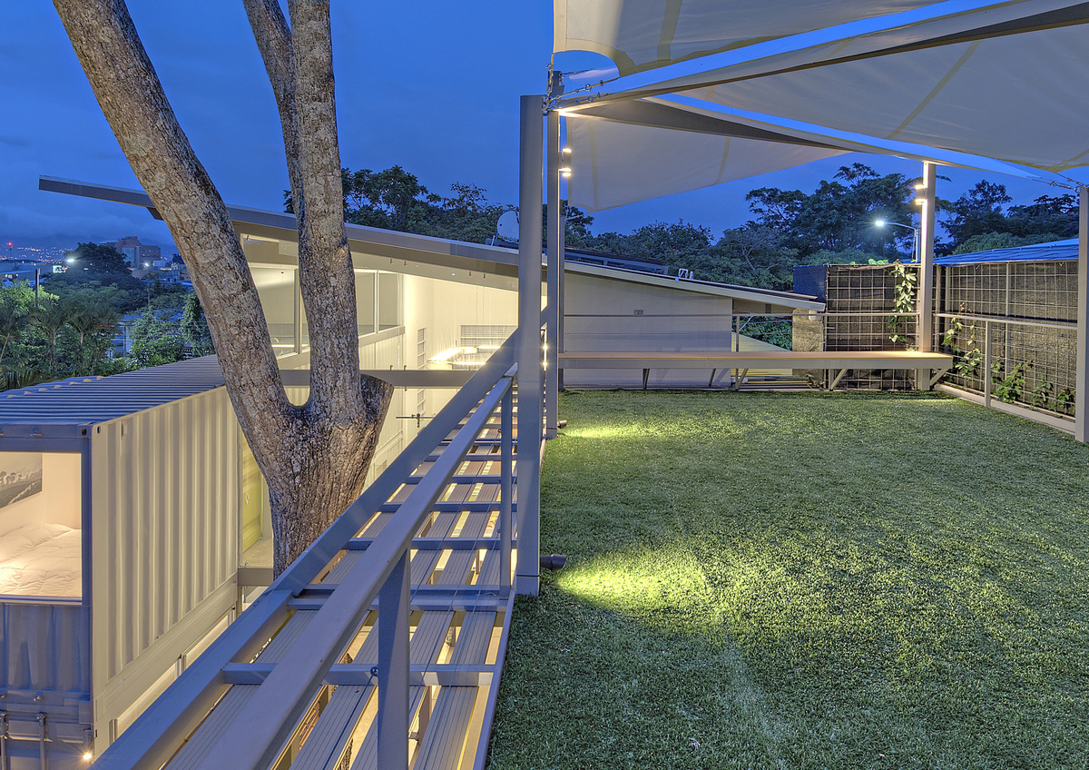 OPEN AND AIRY: Casa Incubo shipping container home by Maria Jose ...