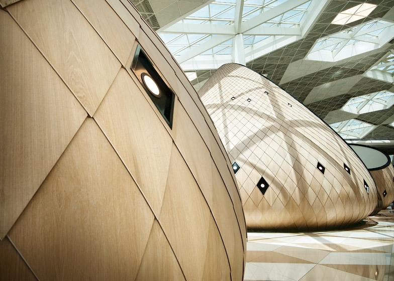 Heydar-Aliyev-Airport-terminal-by-Autoban_dezeen_784_14