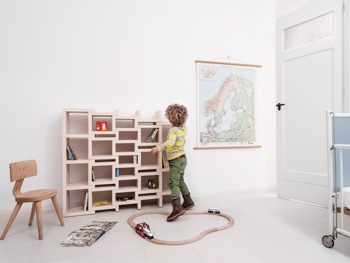 REK-bookcase-jr