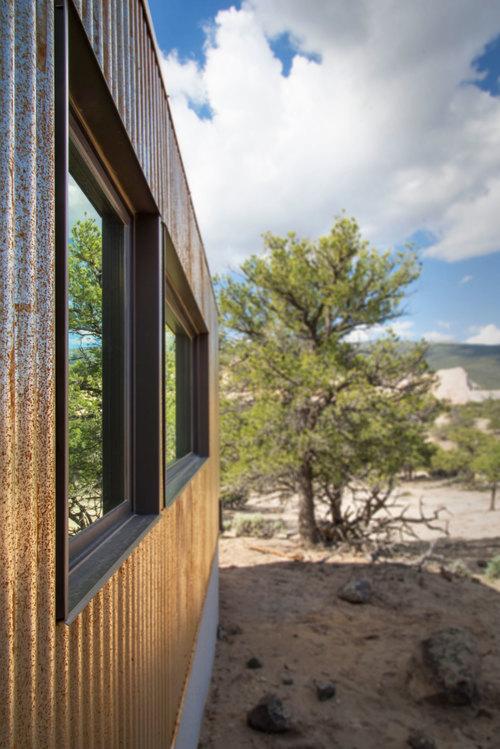 Main-House-Window-Detail