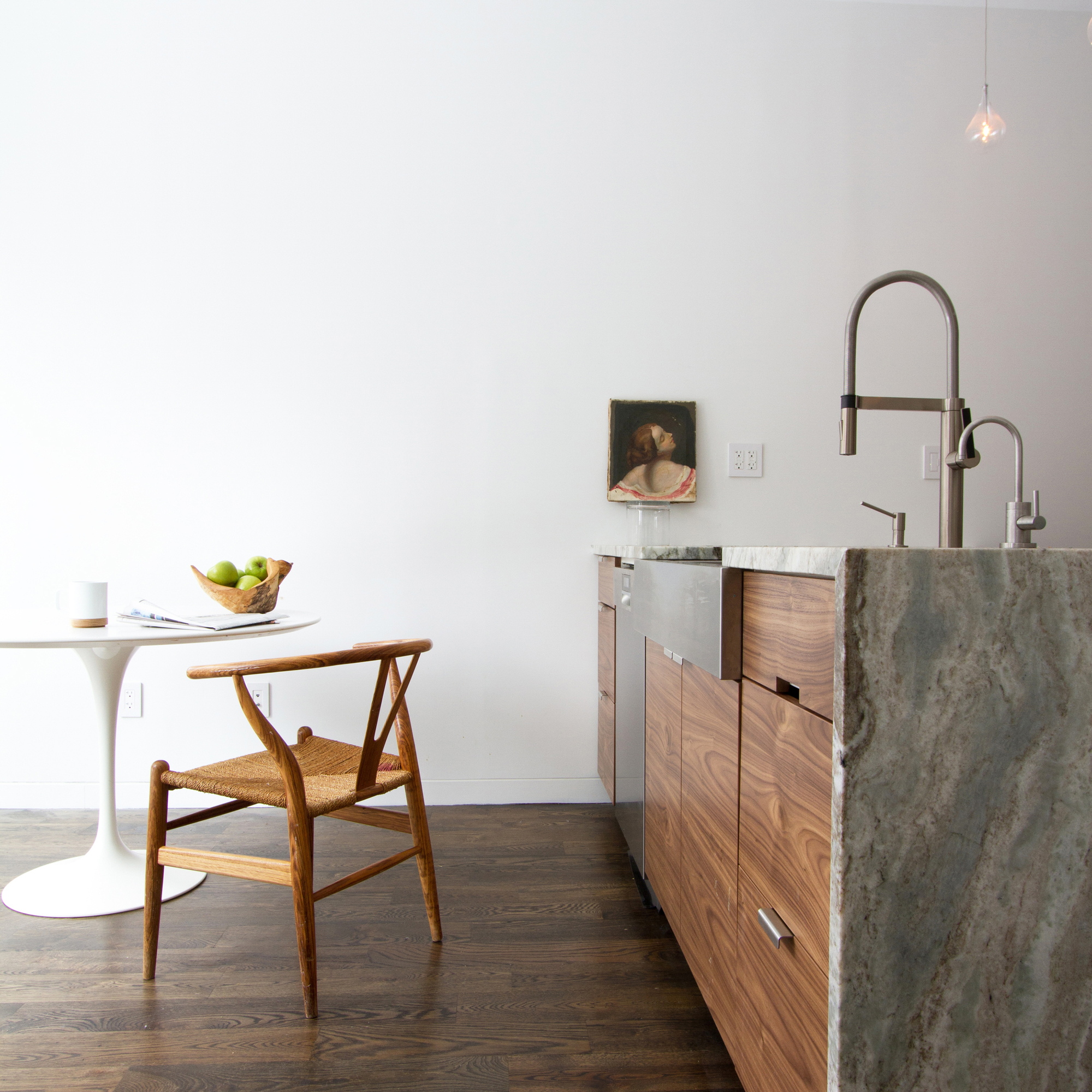 54f796a6e58ece86bb00002d_brooklyn-row-house-office-of-architecture_07_after_kitchen
