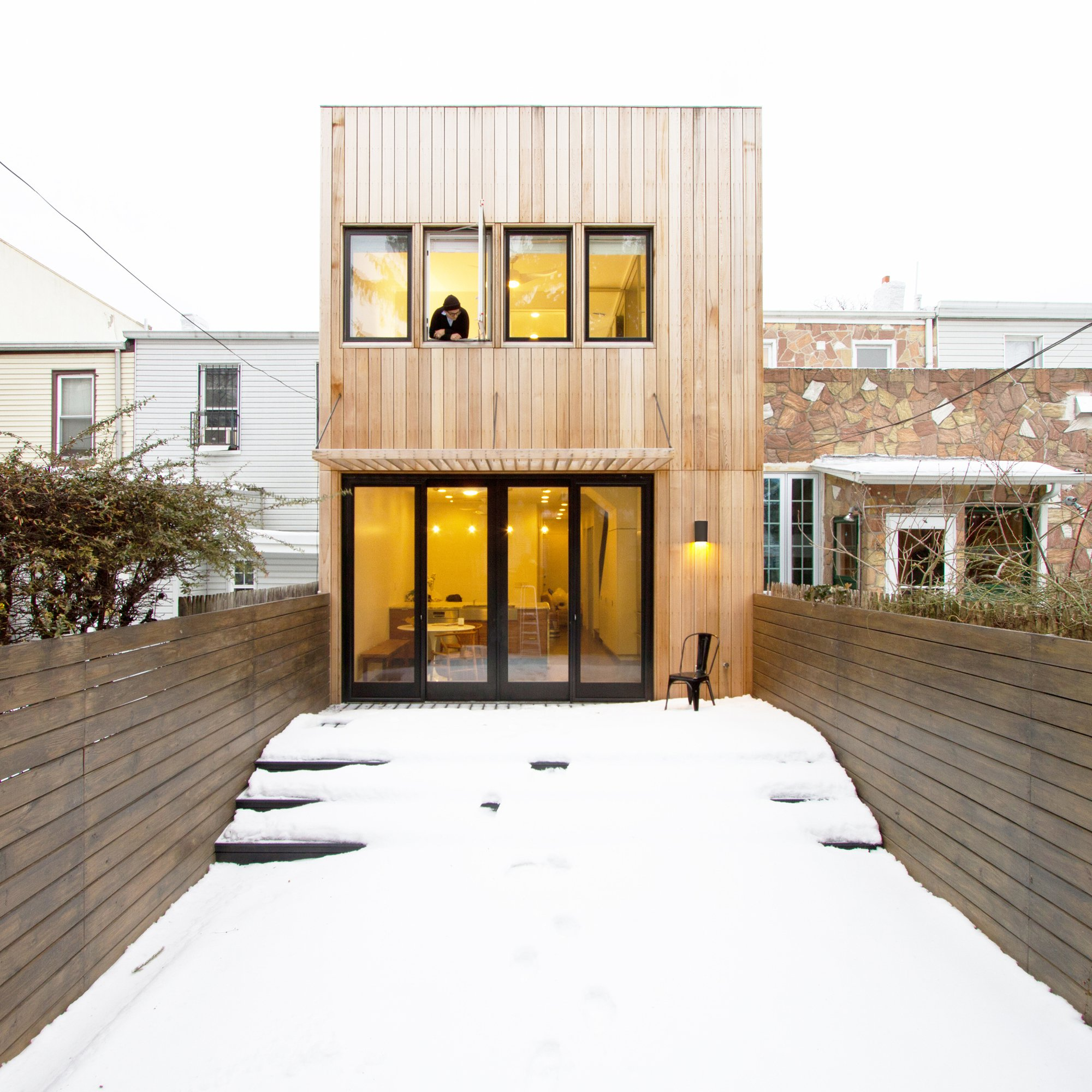 Modern Row House Plans: A ROW HOUSE IN BROOKLYN: Smart Renovation And Redesign Of