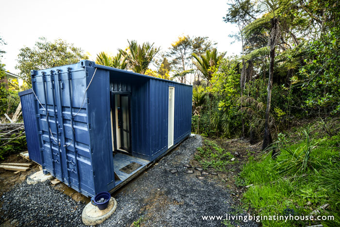 container-house-outside
