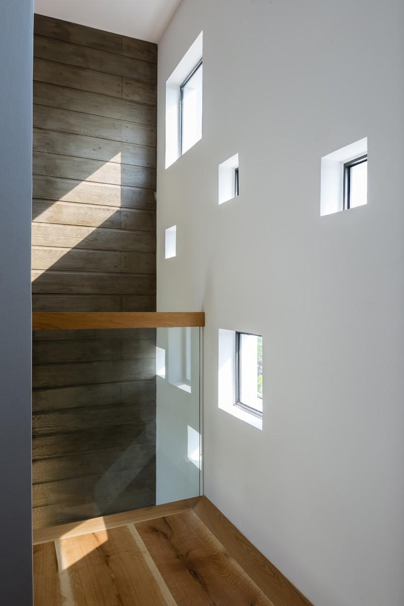 contemporary-house_030515_14-800x1198