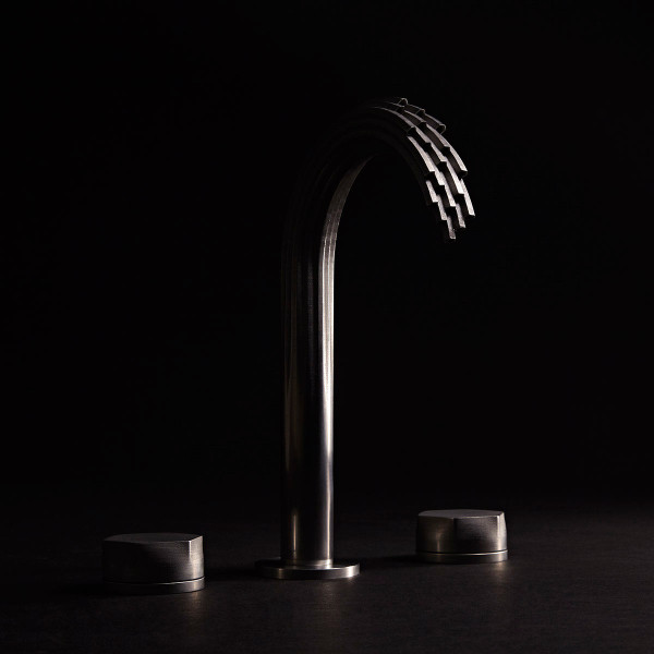 Ams_DXV_3D_faucet_one_water-3-600x600