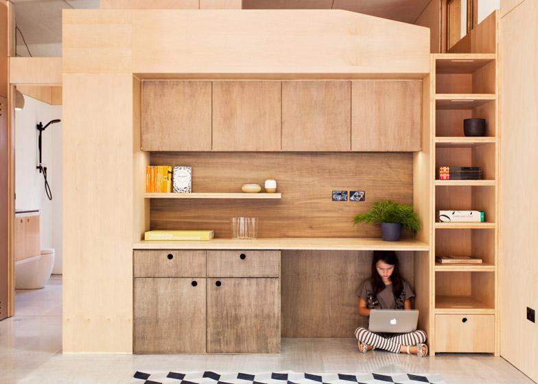Worlds-First-Carbon-Positive-House-by-ArchiBlox_dezeen_784_1
