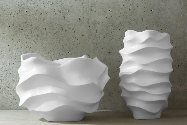 2-oversized-sculptural-planters-by-Marie-Khouri