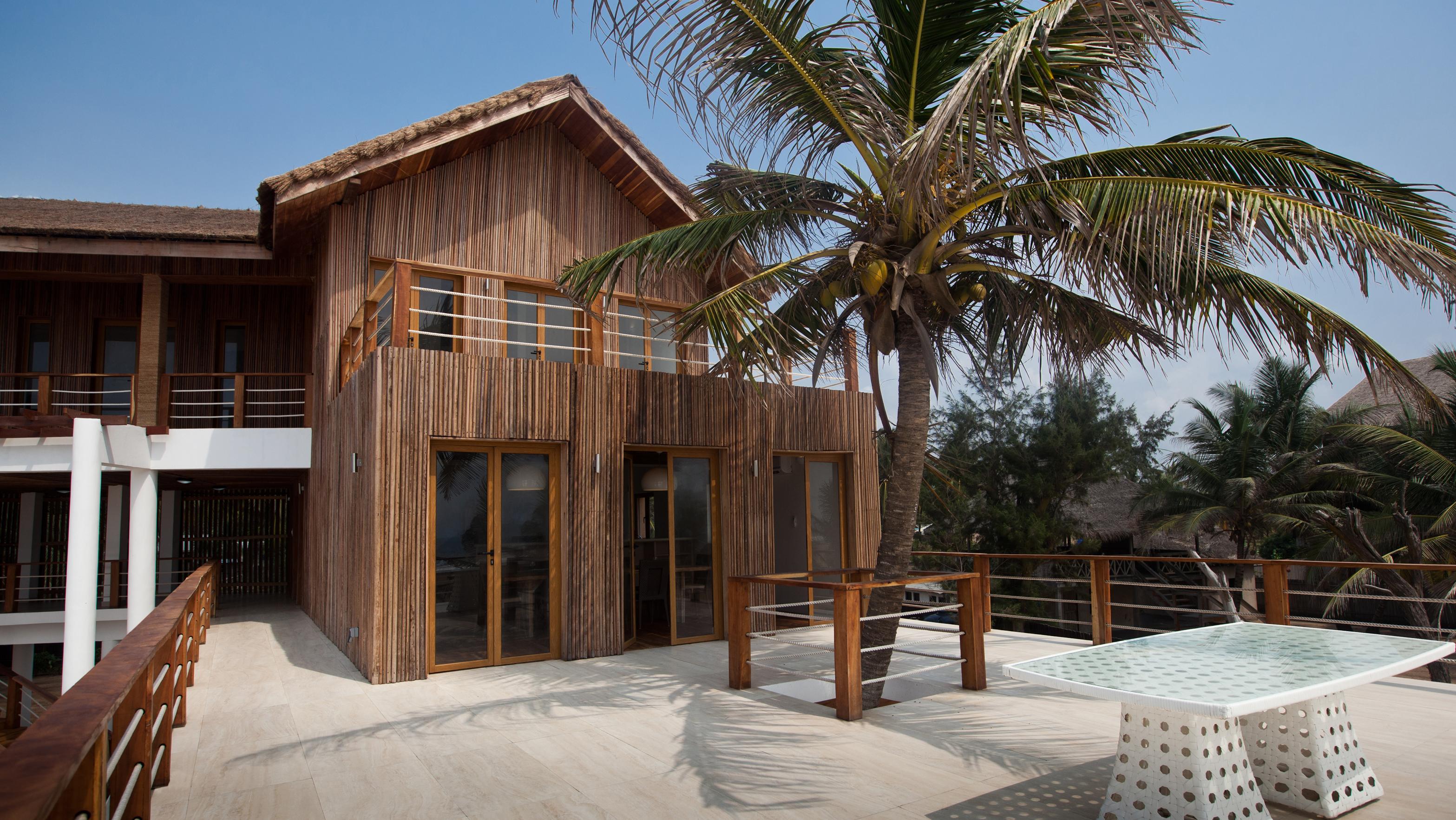 PRIVATE BEACH HOUSE 6