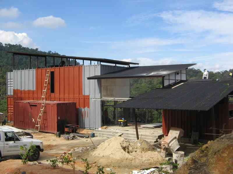 shipping-container-building-in-malaysia-18