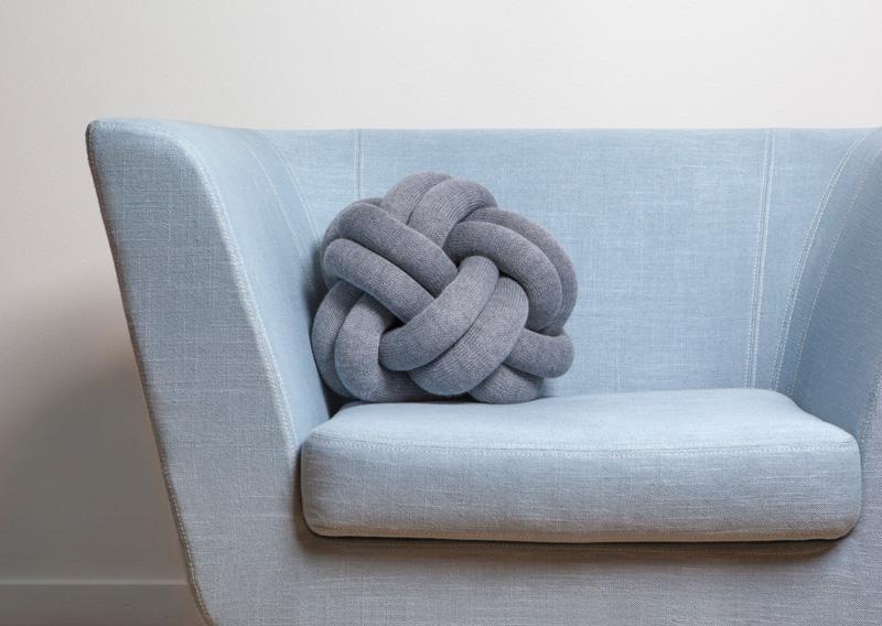 knot-cushions 3