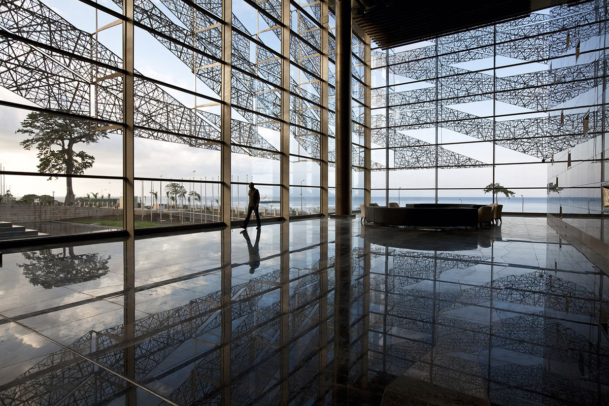 sipopo-congress-center-tabanlioglu-architects-lobby