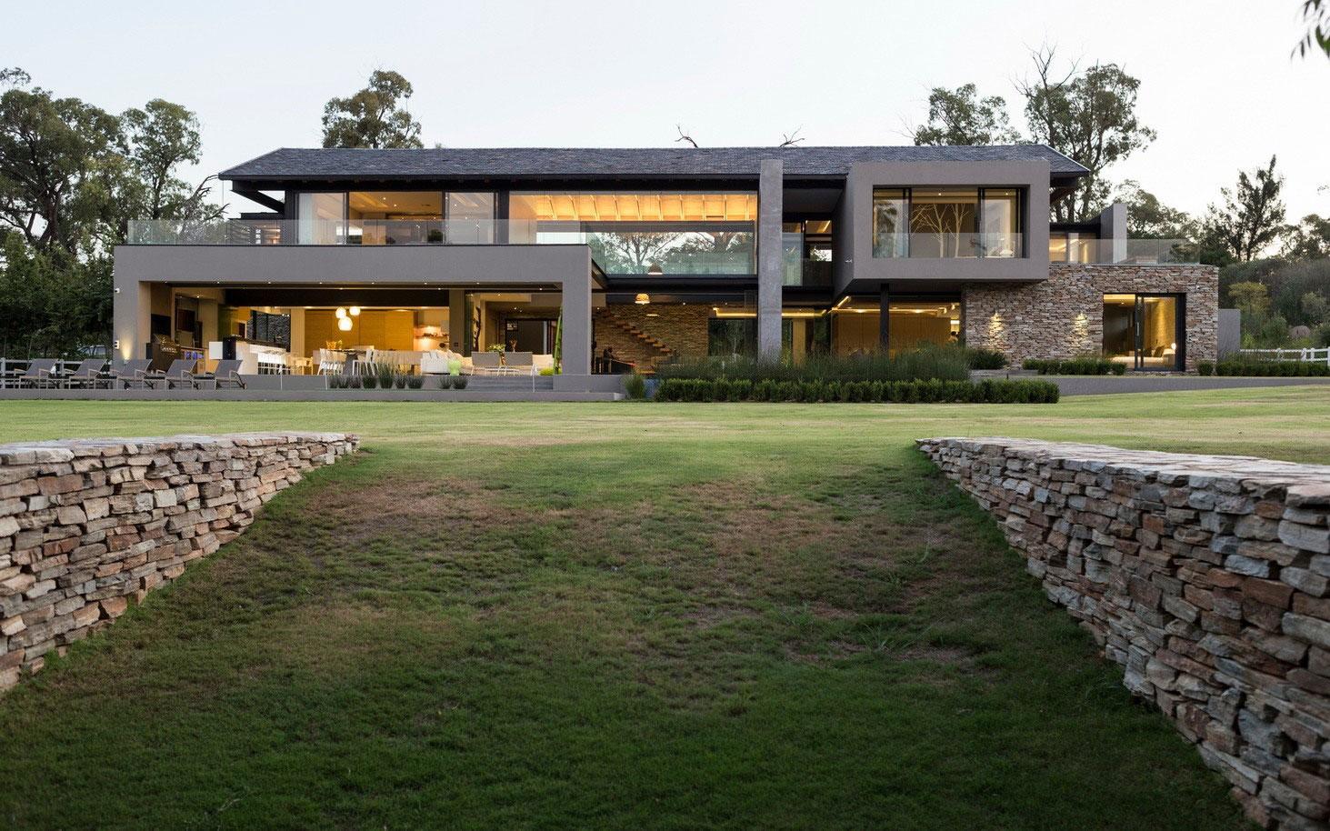 House-in-Blair-Atholl-04