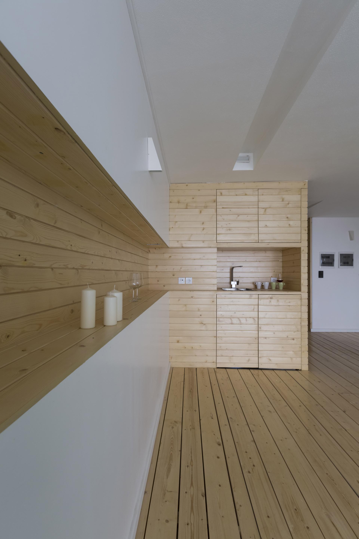 MOSHA HOUSE 11