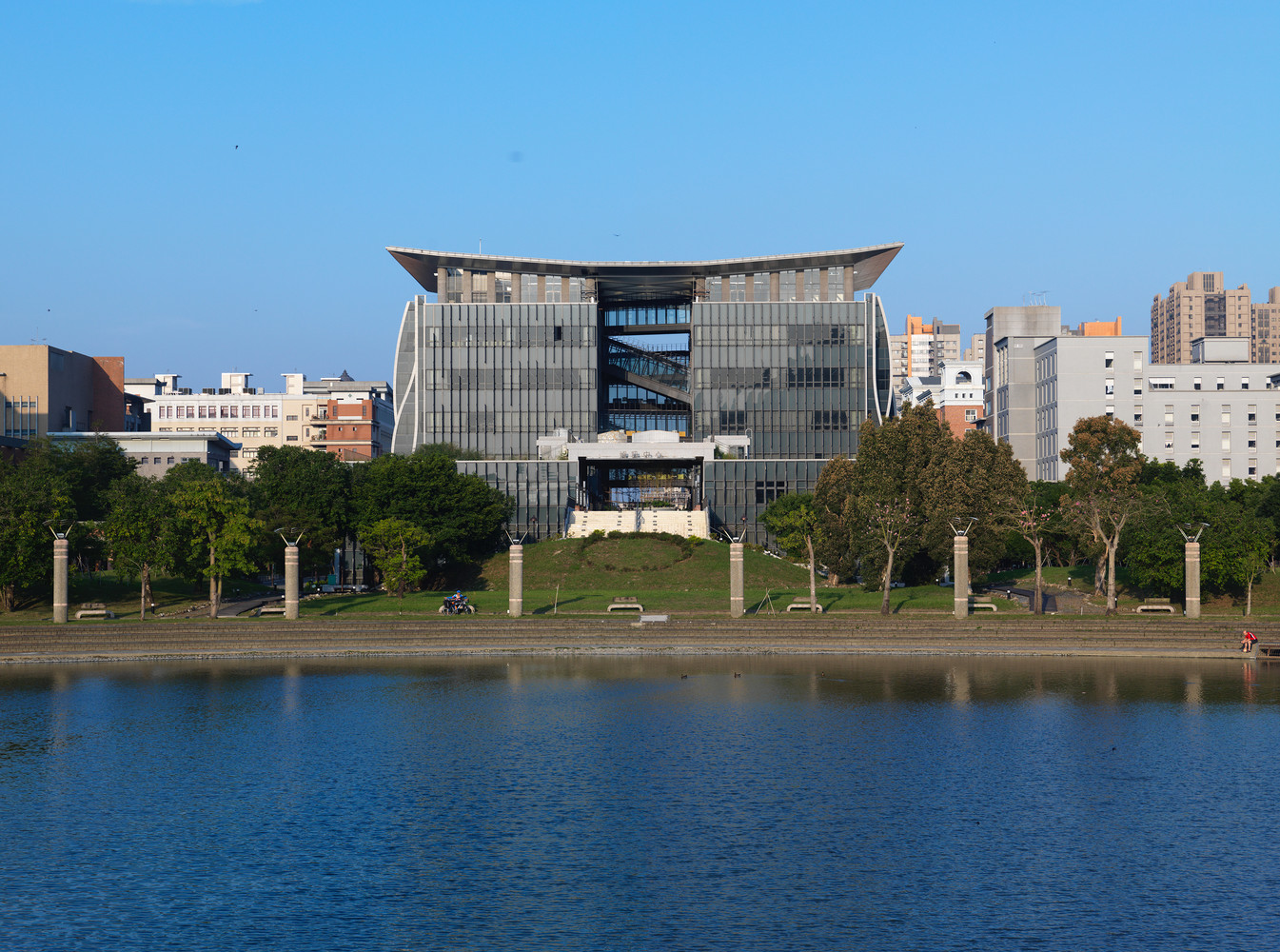 Taipei univeristy library 17