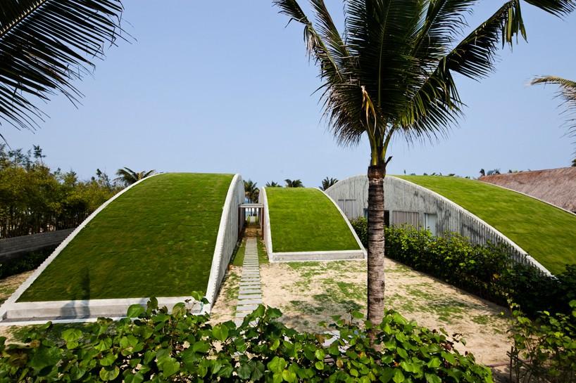naman-retreat-vietnam-beach-villa-1