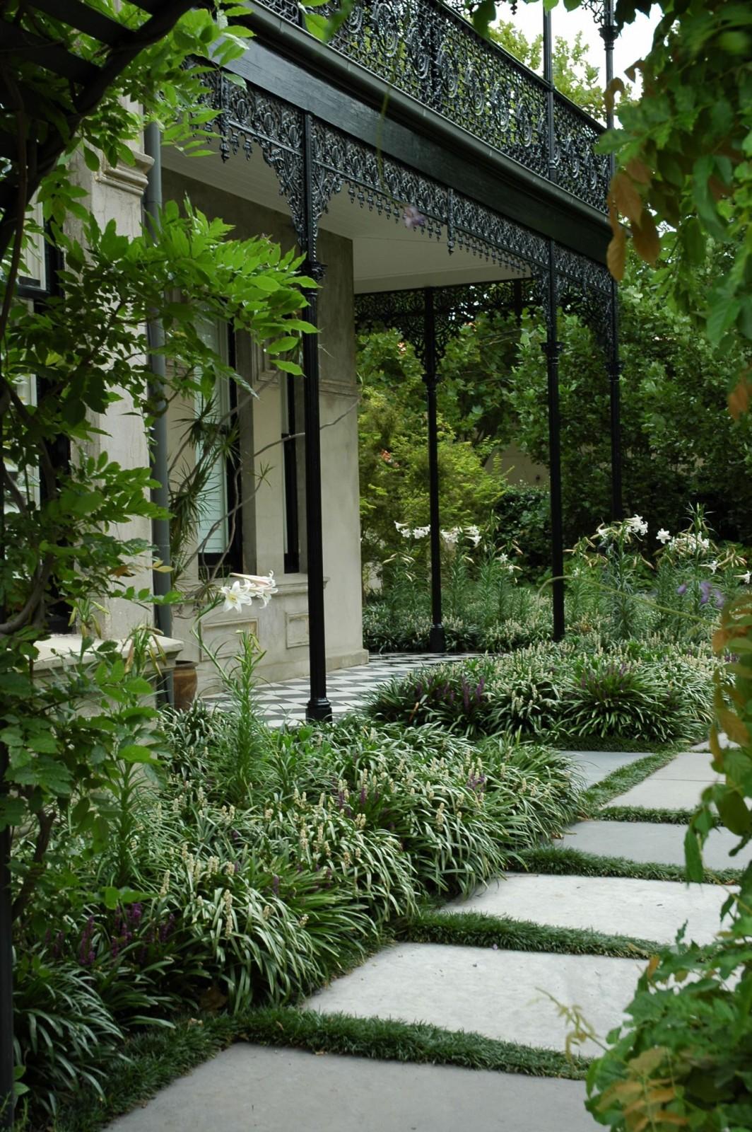 lillie-malvern-eckersley-garden-architecture