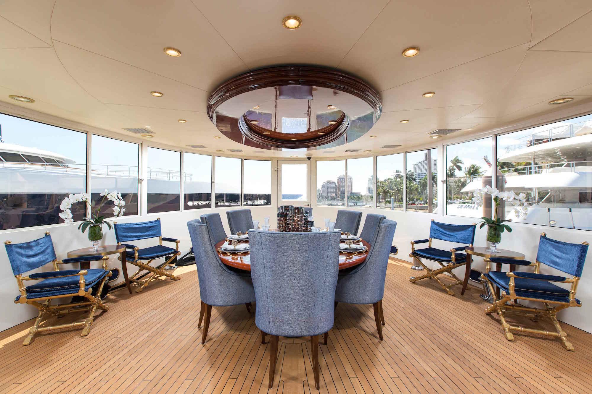 bread-yacht-interior-5-dining