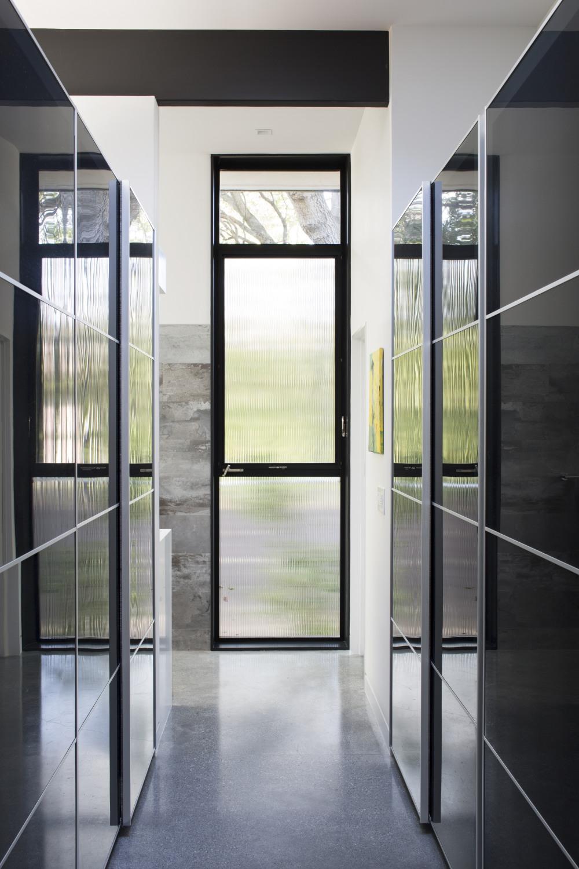 modern-atrium_17klopf