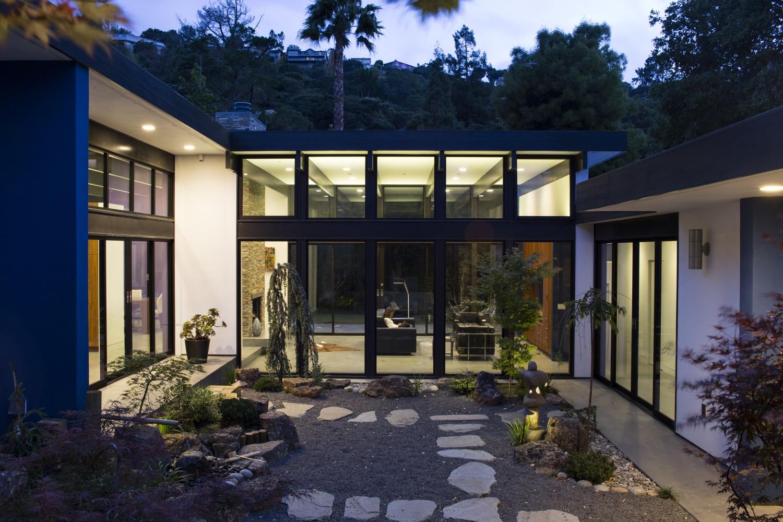 modern-atrium_29klopf