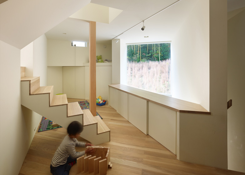 house-in-muko-by-fujiwara-muro-architects_ss_5