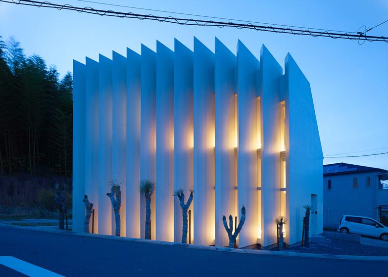 house-in-muko-by-fujiwara-muro-architects_ss_8