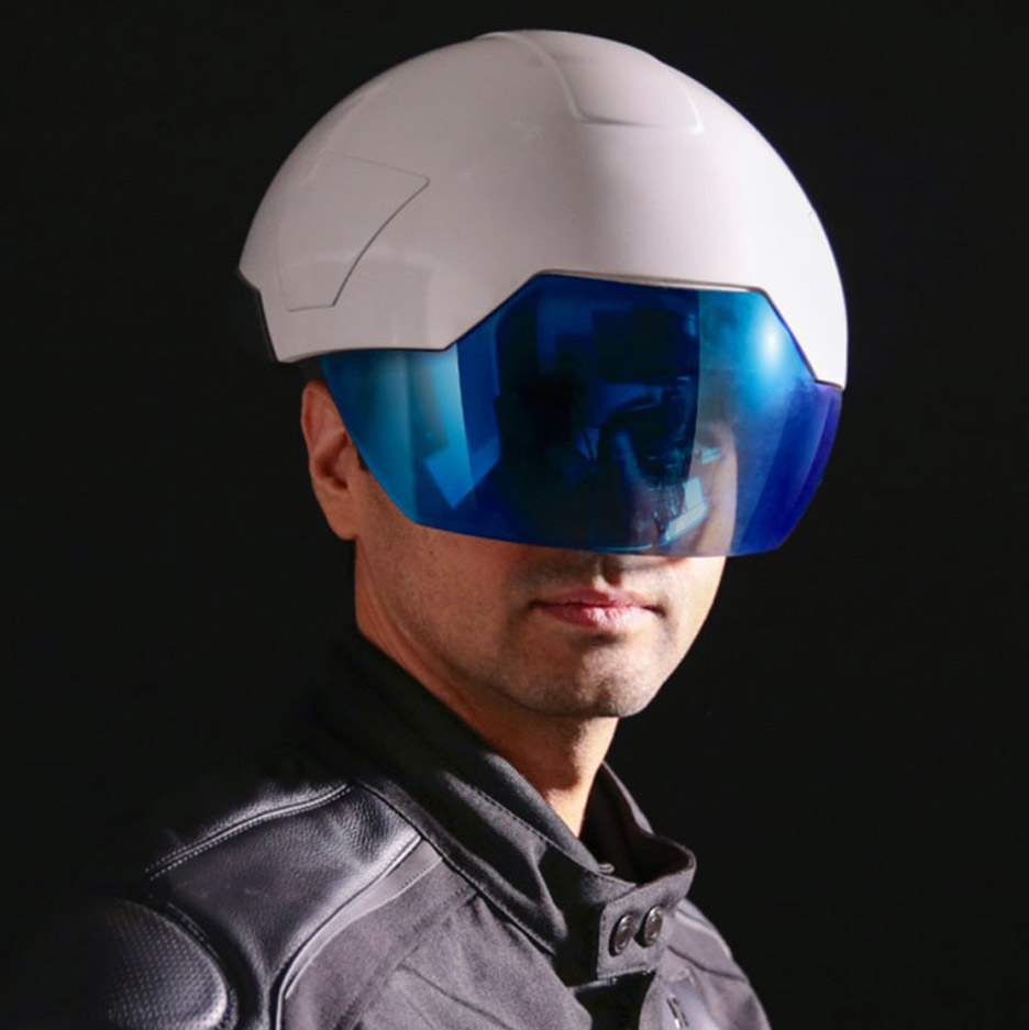 The Daqri Smart Helmet Is Bringing Augmented Reality To