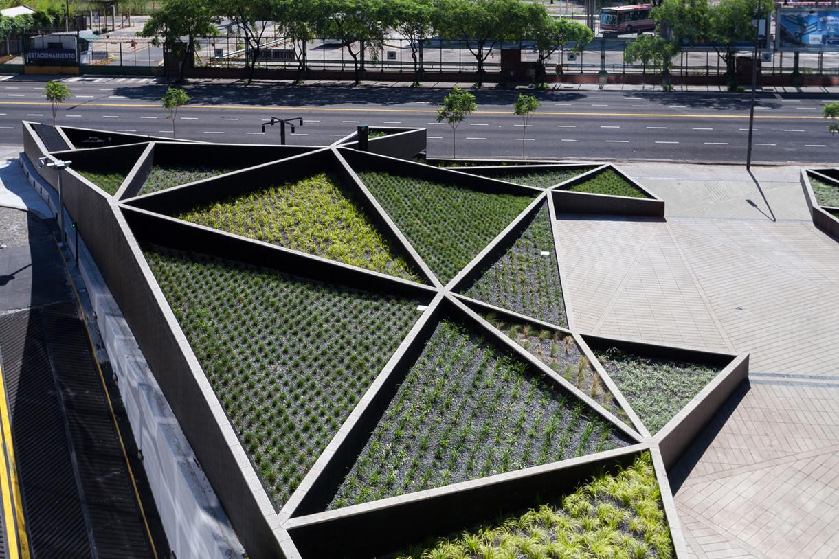 06-plaza-catalinas.-ph-javier-agustin-rojas1._URBAN PARK_GARDEN