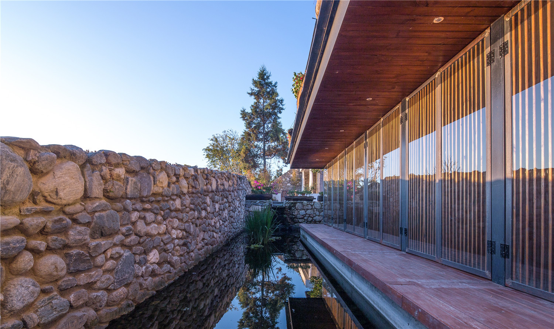 Dali Munwood Lakeside Resort Hotel In China By Init Design