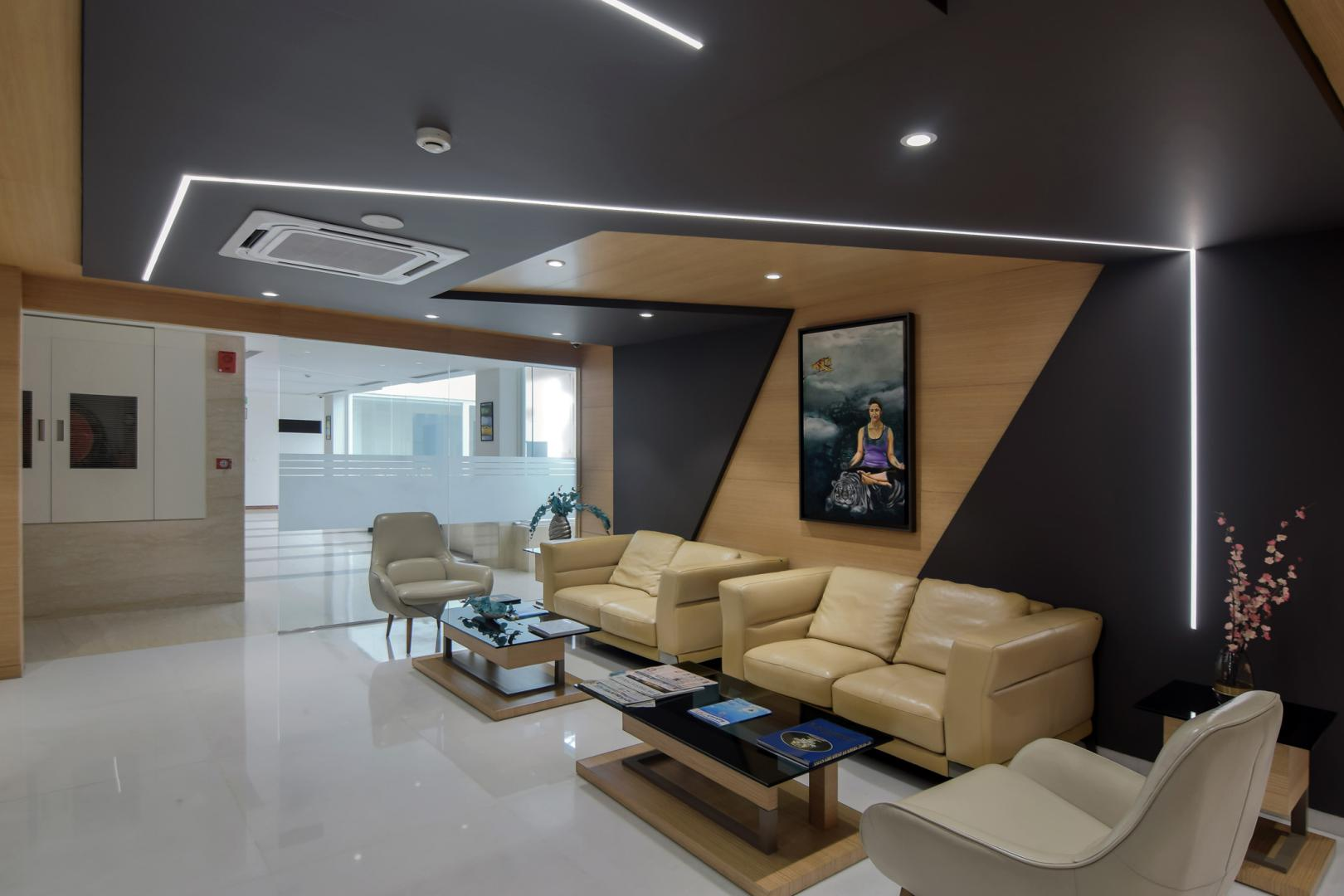 JK-House_Interior-_Conarch_Reception